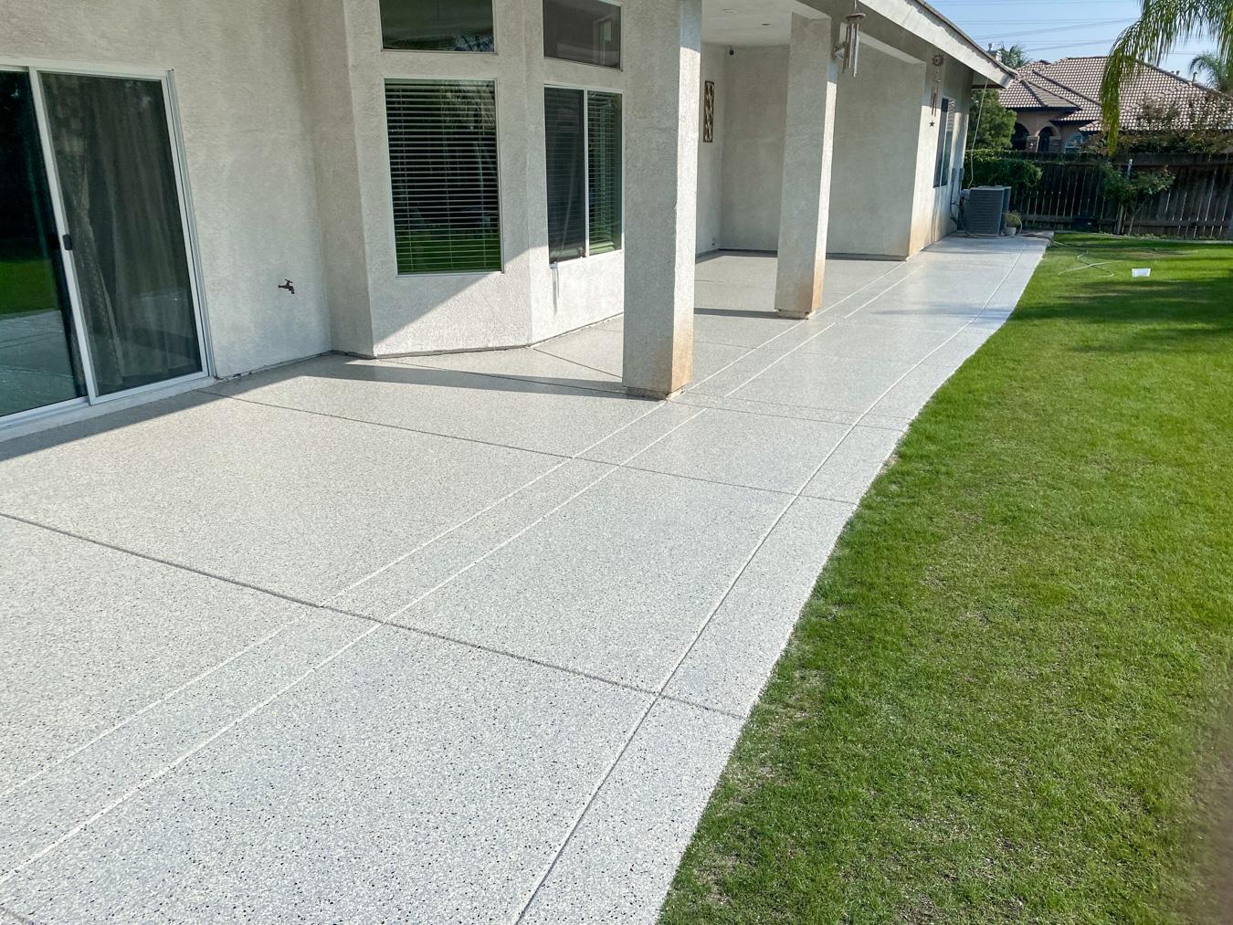 Patio with gray concrete coating